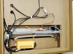 創価仏壇のリモコン式自動開閉機の配置例