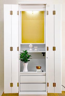 創価学会家具調仏壇 ルーチェ ホワイト カバー付きお厨子仏壇:ご注文頂きました!のサムネイル画像