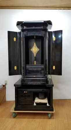 創価中古仏壇です❗ ご興味のある方ご連絡お待ちしています。これから整備します。