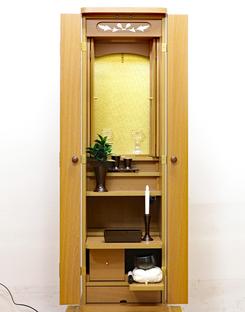 創価学会 アウトレット 家具調仏壇 「ニュースマイル」 手動 4枚扉 ライト:大阪のお客様に購入いただけました。