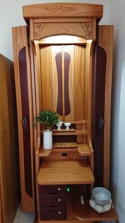 創価学会 家具調仏壇 「ブロッサム」:丁寧に対応して頂き感謝しています。